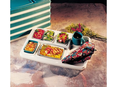 Server Skandia Insulated Tray, Ivory (10 per case) - S581P